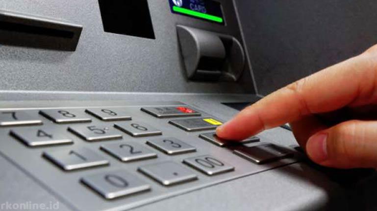 Cek Lewat ATM